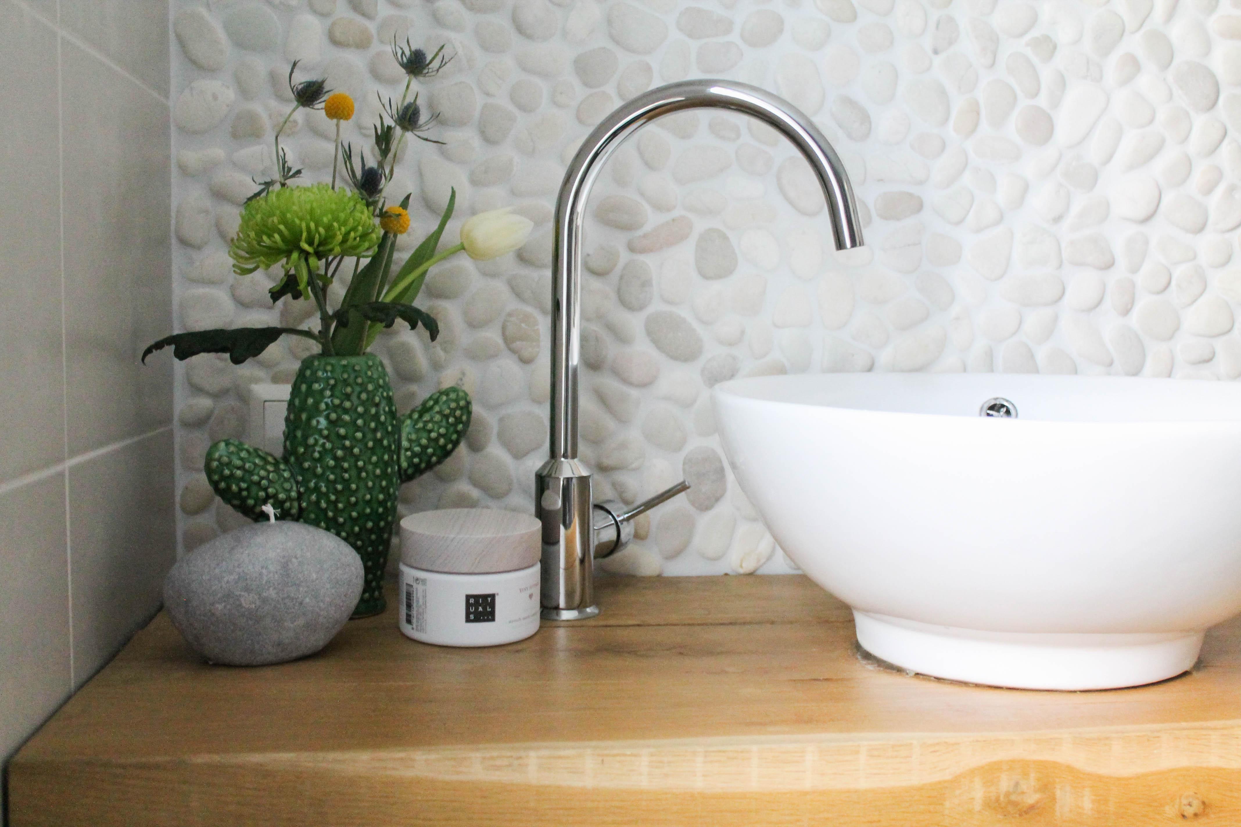 Een Gezellige Badkamer : Tips om van je badkamer een gezellige plek te maken inge